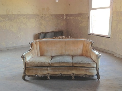 "What I envision the sketchy ""couch for rent"" situation would have been like."