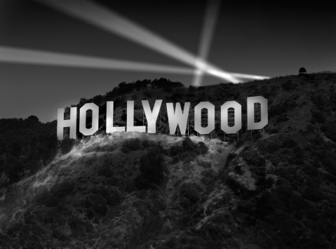 Richard-Lund-hollywood-sign-at-night